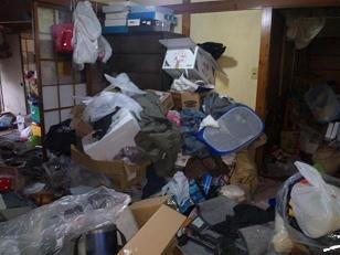 120614 173719 ゴミ・汚部屋片付け